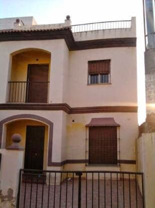 Casa en venta con 129 m2, 4 dormitorios  en Guillena