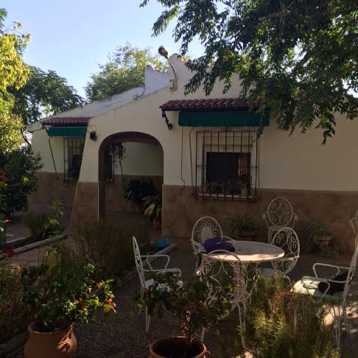 Casa en venta con 75 m2, 2 dormitorios  en Carmona, LOS JINETES