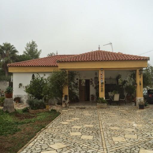 Casa en venta con 136 m2, 3 dormitorios  en Carmona, LAS CELADA