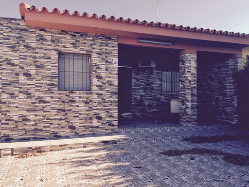 Casa en venta con 80 m2, 4 dormitorios  en Carmona