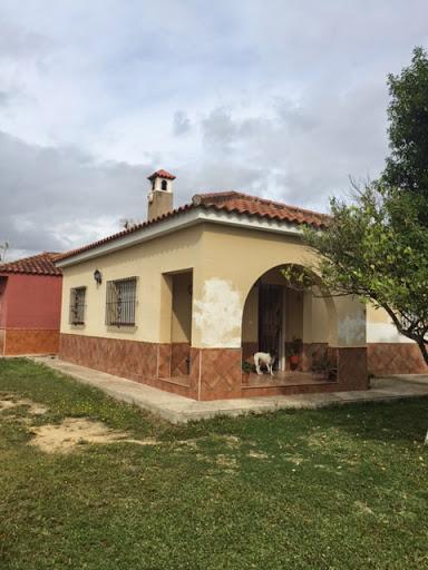 Casa en venta con 110 m2, 3 dormitorios  en Carmona, el corzo