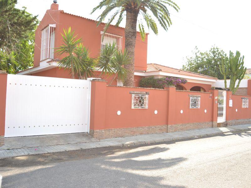 Casa en venta con 205 m2, 4 dormitorios  en Palomares del R?o, pozo blanco