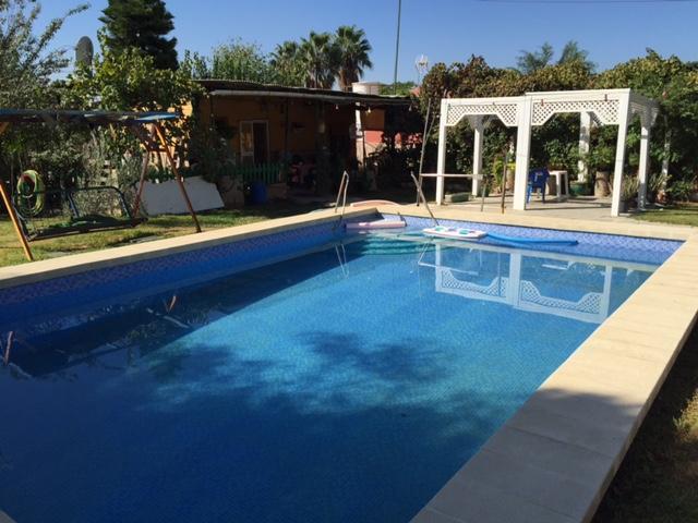 Casa en venta con 80 m2, 3 dormitorios  en Carmona, EL CORZO