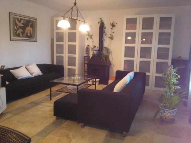 Casa en venta con 180 m2, 4 dormitorios  en Carmona, las celadas