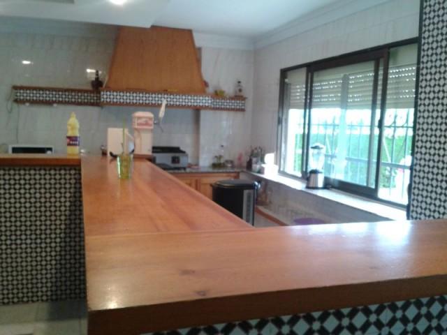 Casa en alquiler larga duración con 240 m2, 5 dormitorios  en Carmona, SAN FRANCISCO DE RASO ESPEJO