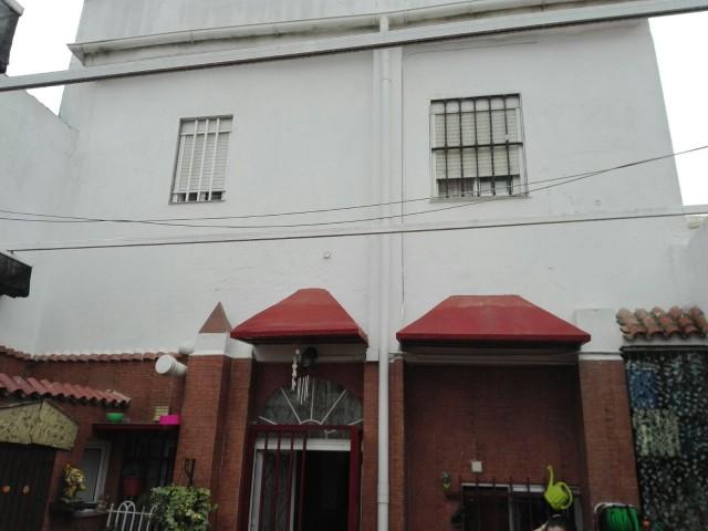 Casa en venta con 200 m2, 4 dormitorios  en Cerro - Amate (Sevilla), PARQUE AMATE
