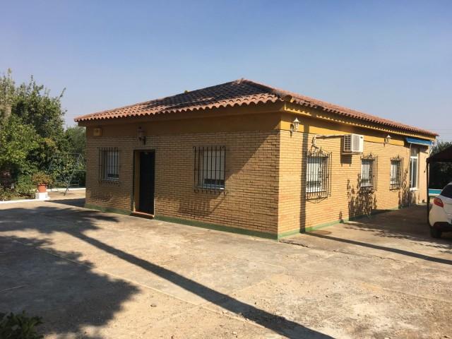 Casa en venta con 137 m2, 2 dormitorios  en Carmona, EL CORZO
