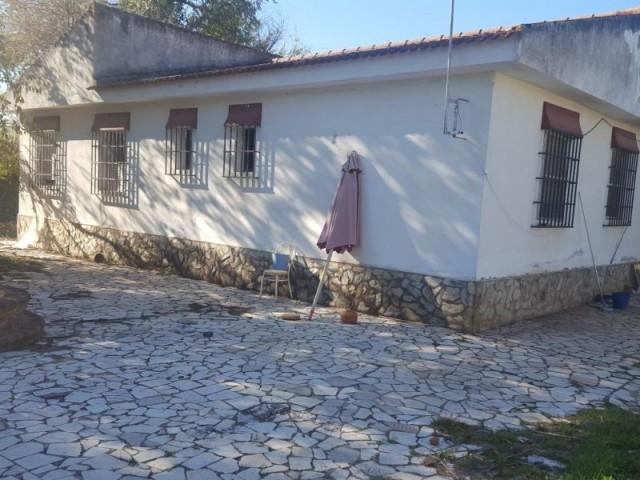 Casa en venta con 200 m2, 3 dormitorios  en Carmona, LAS MONJAS
