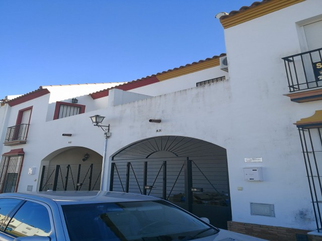 Casa en venta con 120 m2, 3 dormitorios  en Gerena, JARDINES DE GERENA