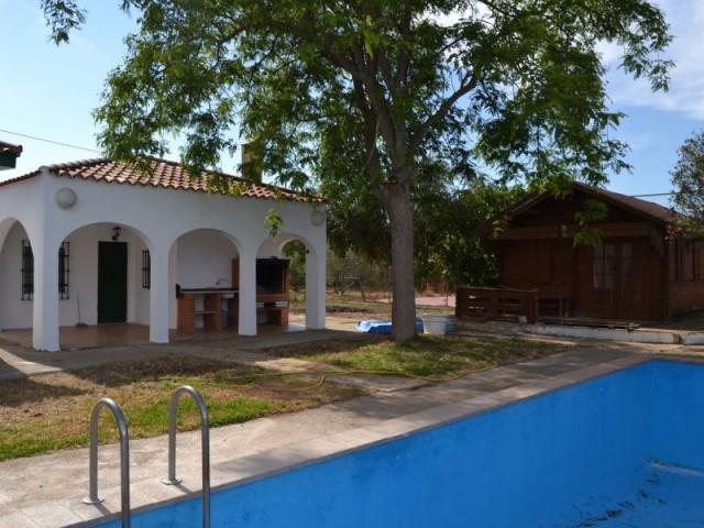 Casa en venta con 115 m2, 3 dormitorios  en Carmona, LOS JINETES
