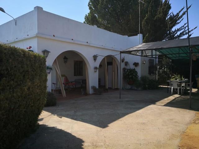 Casa en venta con 120 m2, 4 dormitorios  en Carmona, TORREPALMA