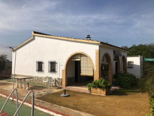 Casa en venta con 95 m2, 2 dormitorios  en Carmona, los jinetes