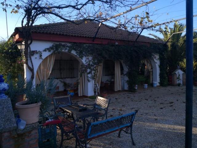 Casa en venta con 100 m2, 3 dormitorios  en Carmona, LOS JINETES