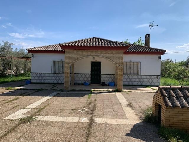 Casa en venta con 112 m2, 4 dormitorios  en Carmona, PRADOLLANO 1ª FASE