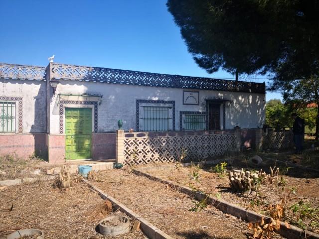 Casa en venta con 560 m2, 2 dormitorios  en Carmona, CORTIJOS DEL ALCOR