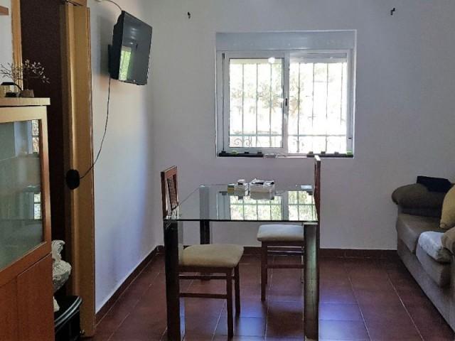 Casa en venta con 100 m2, 3 dormitorios  en Carmona, SANTAELLA DE FÁTIMA