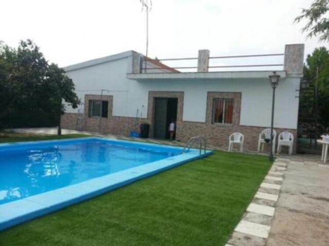 Casa en venta con 140 m2, 2 dormitorios  en Carmona, SANTA FE