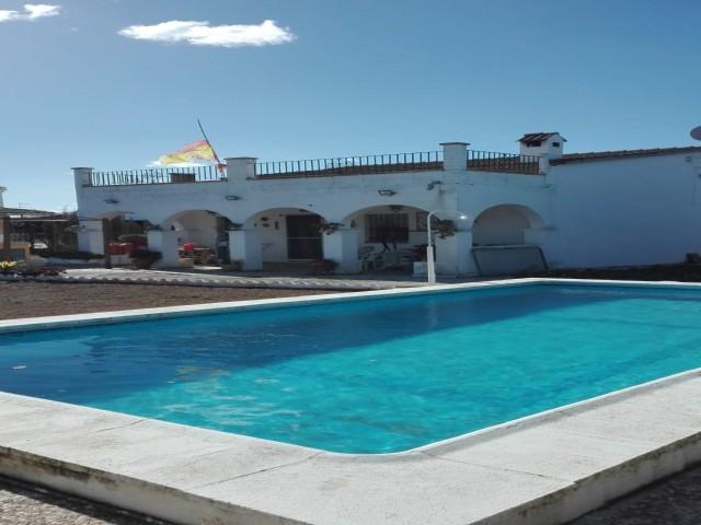 Casa en venta con 82 m2, 4 dormitorios  en Carmona, TORRELAGUNA