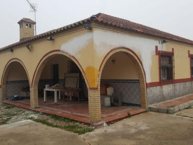 Casa en venta con 154 m2, 4 dormitorios  en Carmona, LA GIRALDA
