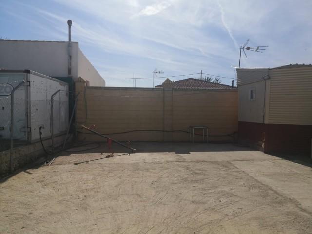 Casa en venta con 80 m2, 1 dormitorios  en Carmona, ENTREARROYOS