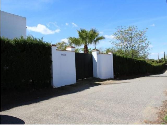 Casa en venta con 192 m2, 2 dormitorios  en Carmona, LOS FRUTALES DEL ALCOR