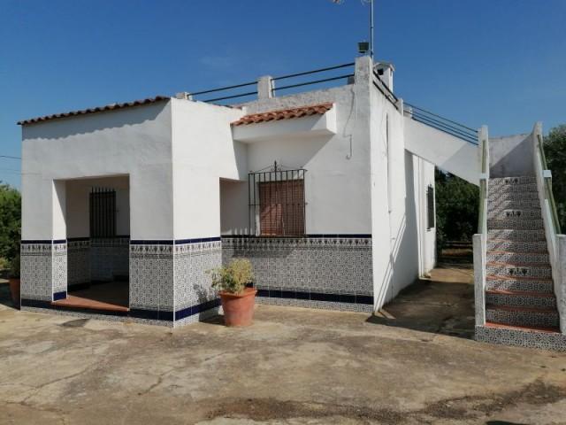 Casa en venta con 97 m2, 2 dormitorios  en Carmona, EL CORZO