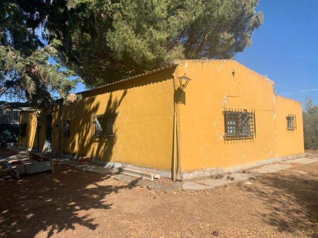 Casa en venta con 106 m2, 3 dormitorios  en Carmona, EL CORZO