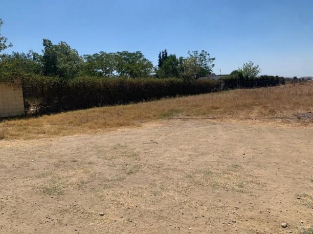 Terreno en venta,  en Sanlúcar la Mayor, los ranchos del guadiamas