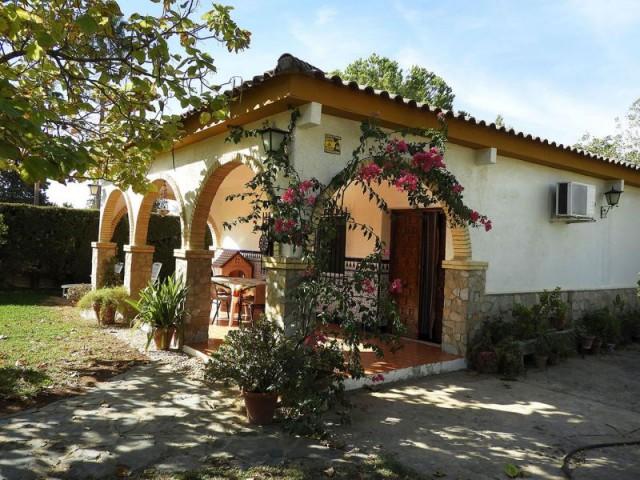 Casa en venta con 175 m2, 2 dormitorios  en Carmona, EL SOCORRO