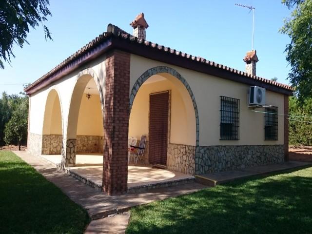 Casa en venta con 143 m2, 4 dormitorios  en Carmona, LOS FRUTALES DEL ALCOR