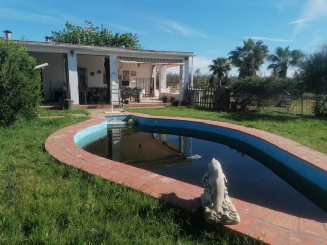 Casa en venta con 90 m2, 2 dormitorios  en Carmona, LA NARANJILLA