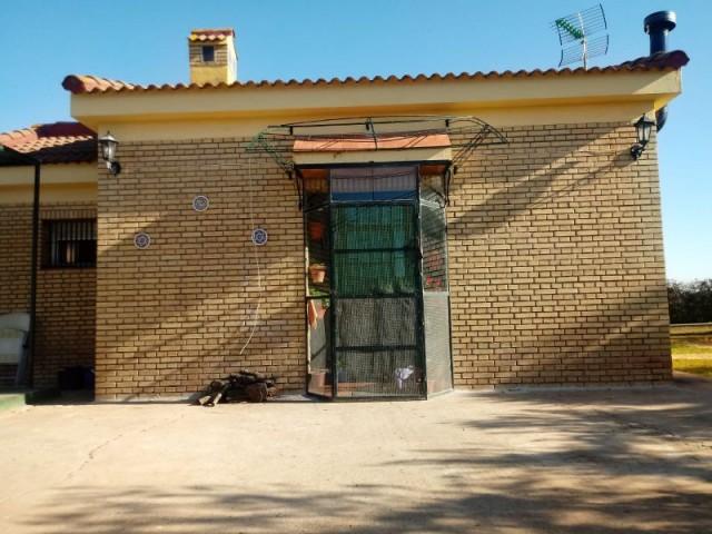 Casa en venta con 56 m2, 2 dormitorios  en Carmona, ARROBONES