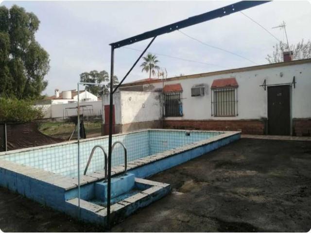 Casa en venta con 90 m2, 3 dormitorios  en Carmona, LAS MONJAS