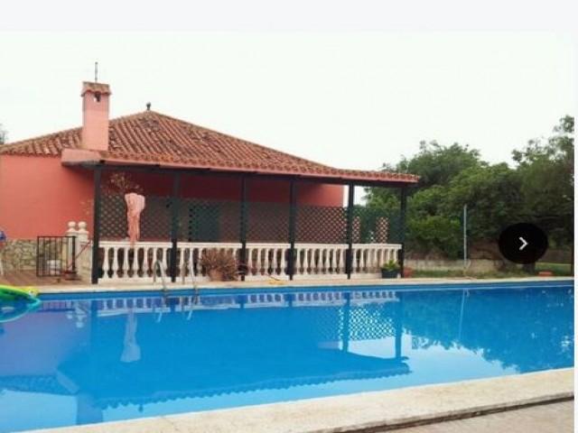 Casa en venta con 125 m2, 3 dormitorios  en Carmona, LOS NIETOS 2ª FASE